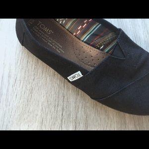 Toms Shoes - NEW black Toms